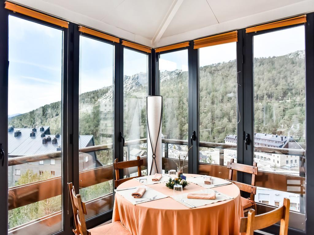 Vistas restaurante Hotel El Corzo