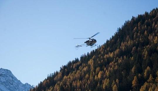 Helicoptero estación de esquí La Thuile