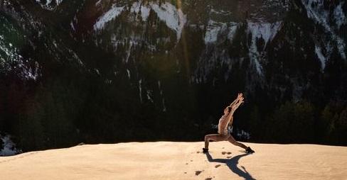 Yoga Manigod