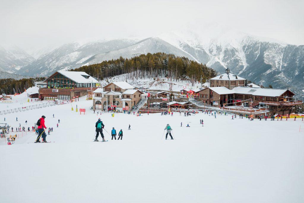 Esquiadores en Vallnord-Pal Arinsal