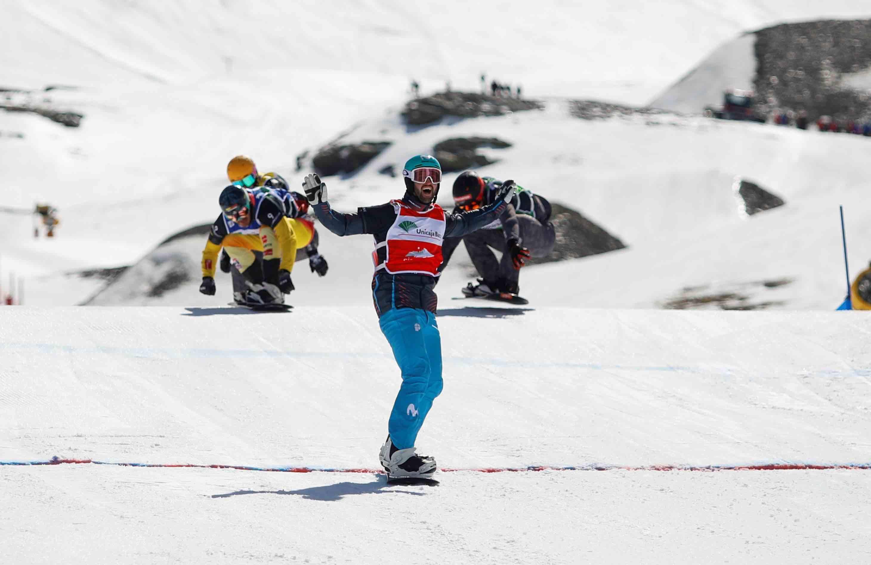 lucas eguibar snowboard