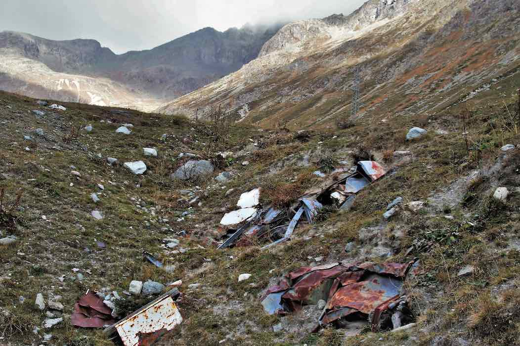 examples of metal trash found in the mountains
