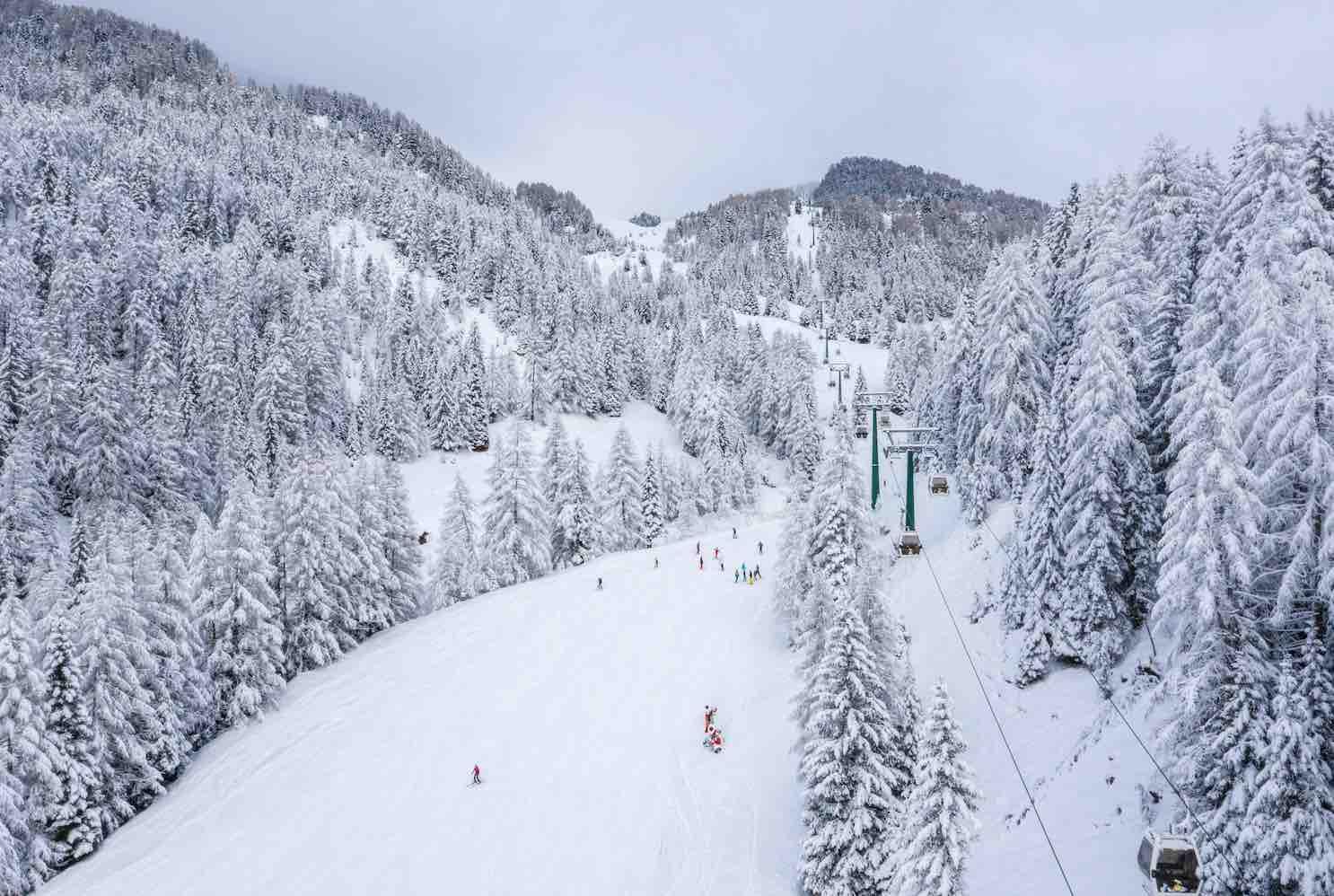 telecabina estacion de esqui