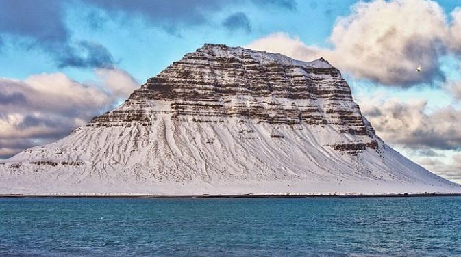 montaña más bonita del mundoKirkjuffel