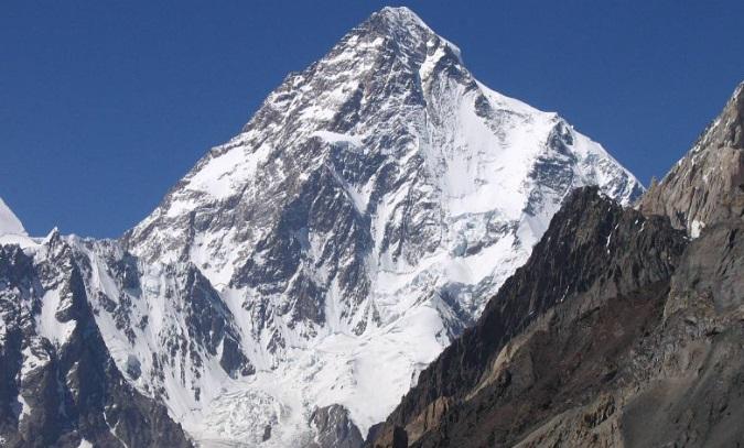 Montaña K-2